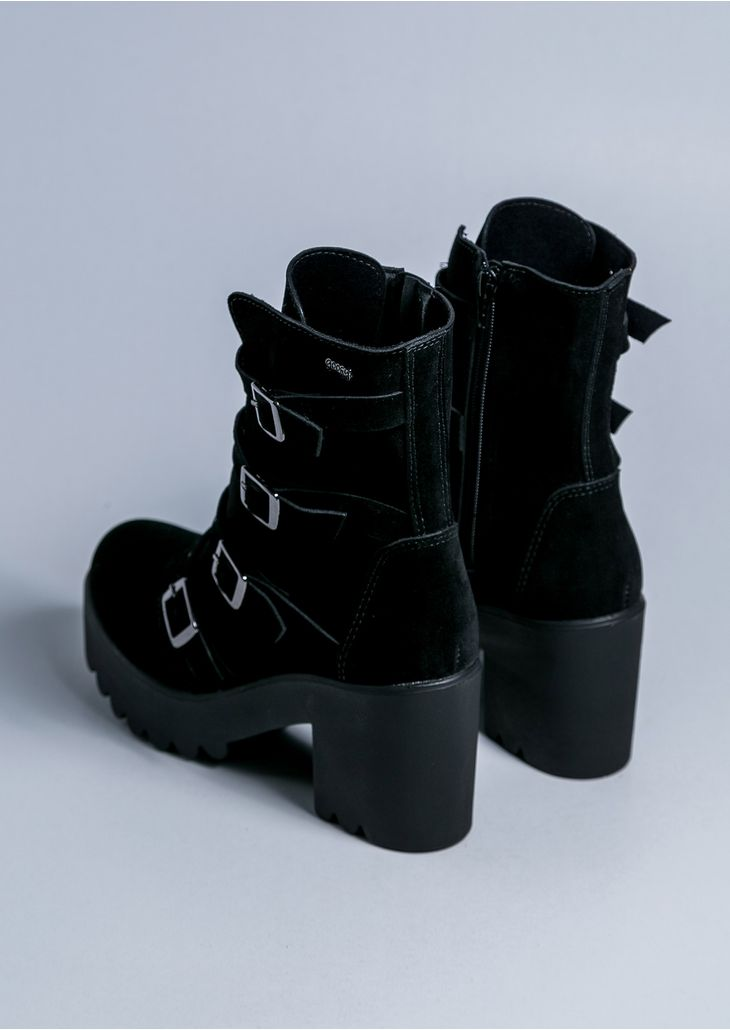 Maeva-Black