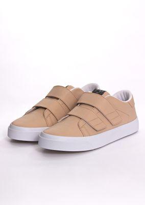 Sneaker-Velcro-Goofy-Pele