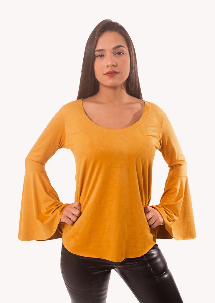 Camiseta-Manga-Longa-Flare-Goofy-Mostarda